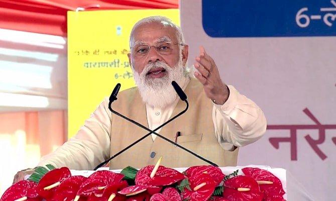 यूपी: काशीनगरी से पीएम मोदी का विपक्ष पर वार, भ्रम फैलाने वालों की सच्चाई देश के सामने आ रही है
